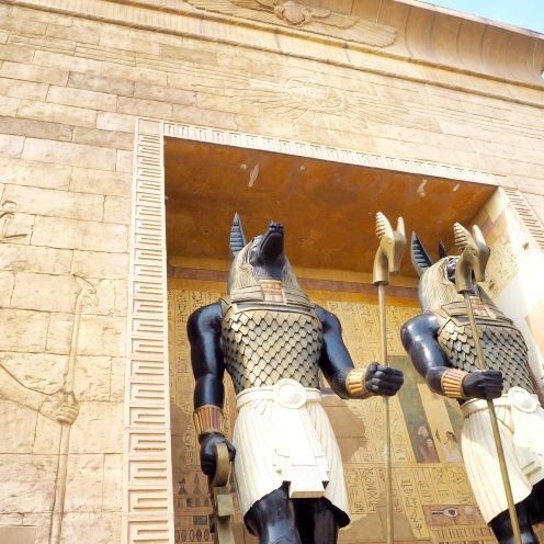 The entrance to the Revenge of the Mummy ride