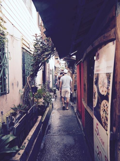 The narrow soi's of Klong Toey slum