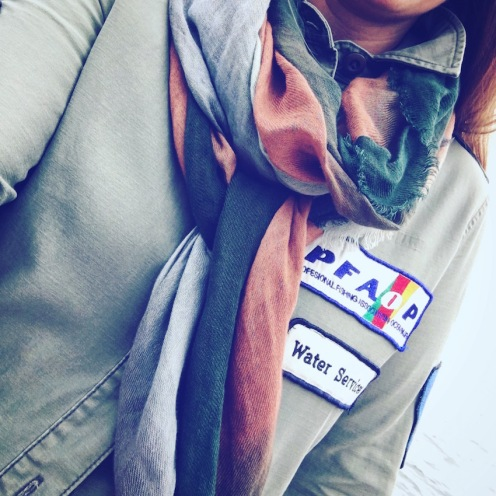 My hastily purchased jacket and scarf - thank you Zara.