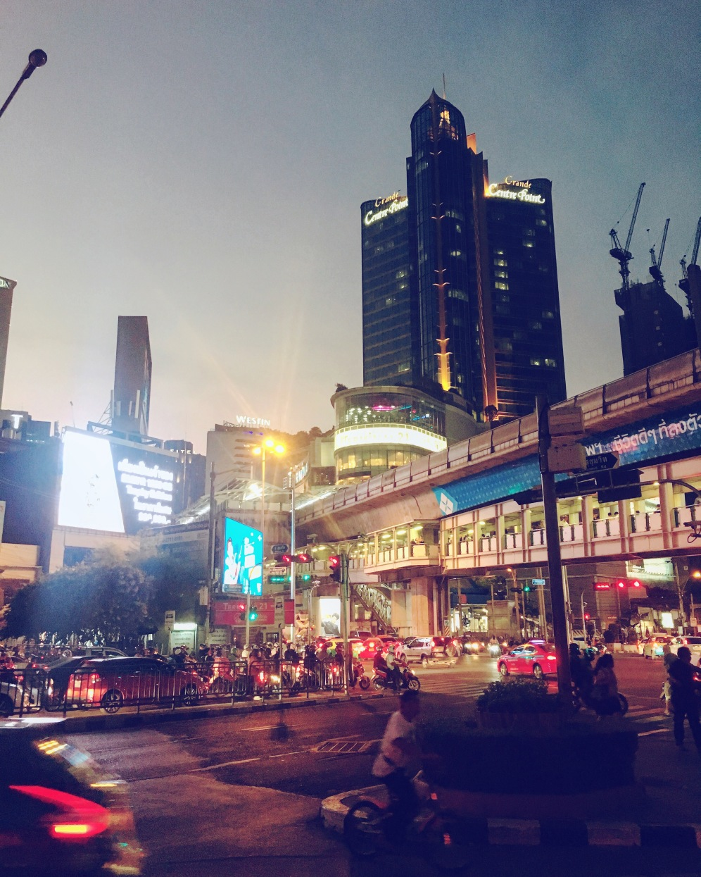 Getting caught up in the buzz that is Bangkok